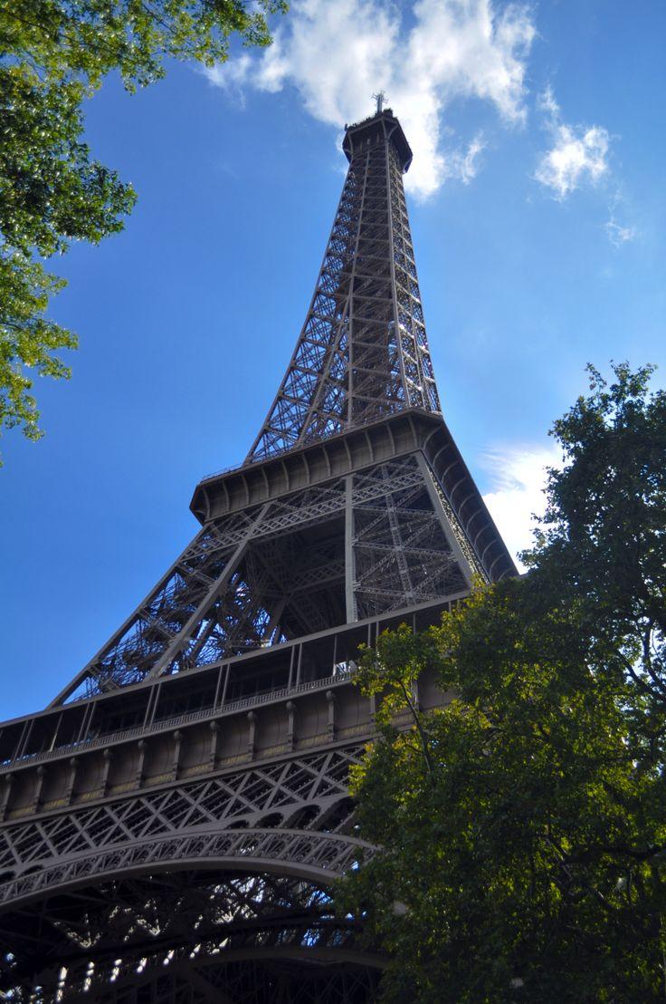 salah satu keajaiban dunia, menara perenggut mega
