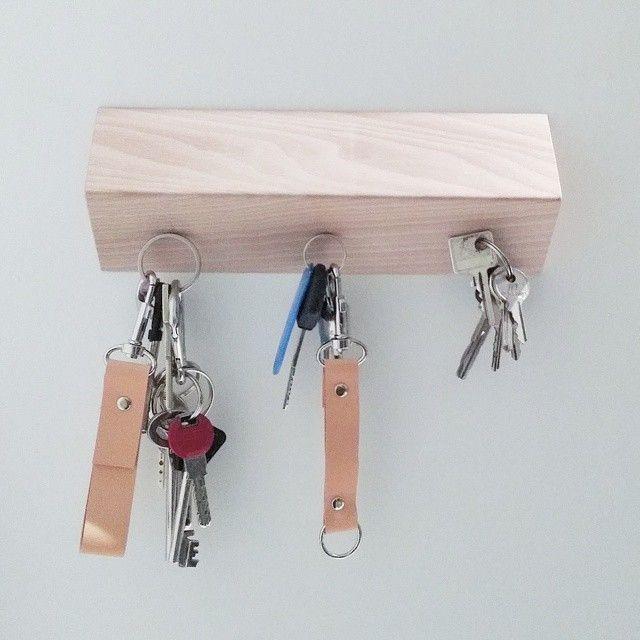 Keys leather holder. Minimal.