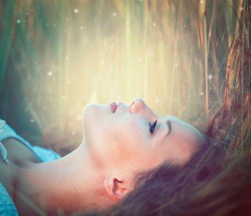 7 indicadores de que no te amas lo suficiente - Mejor con Salud
