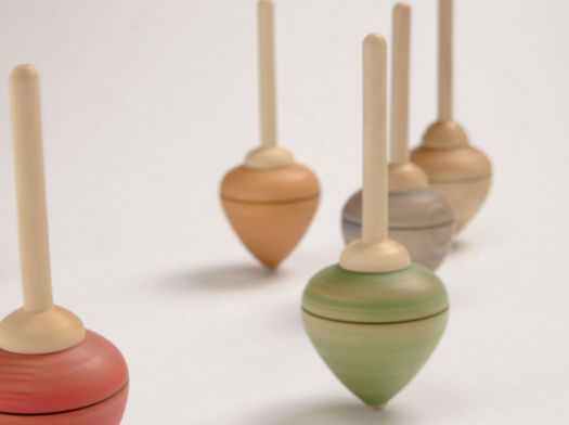 how to build a wooden spinning top