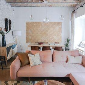 El salón comedor con techo abovedado