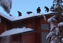 Roof Ice Dam and Snow Removal Service From Roofs | GENERAL ROOFING SYSTEMS CANADA (GRS)
