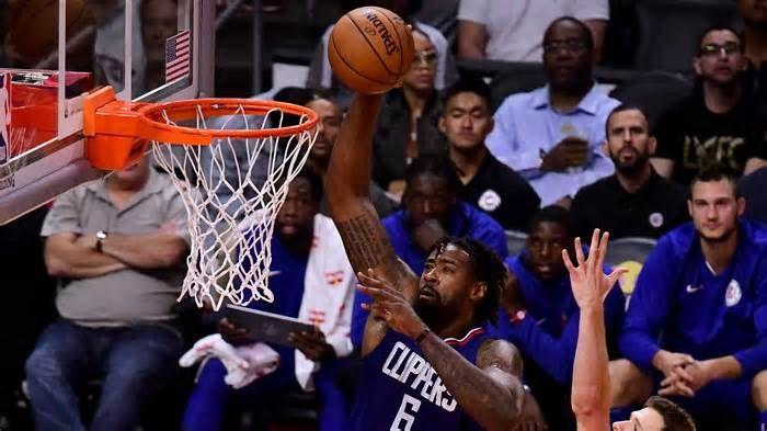 NBA trade rumors: Clippers, Rockets considered deal involving DeAndre Jordan, Clint Capela November 1, 2017 9:29am EDT November 1, 2017 9:45am EDT The Clippers broke up their