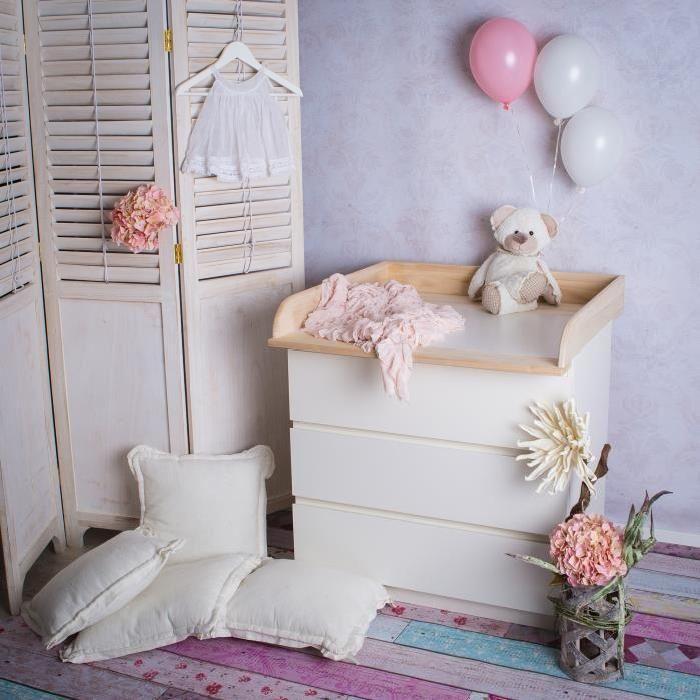 Fais de ta commode IKEA une table à langer parfaite ! Plan à langer de fabrication artisanale, adapté à tous les commodes Malm et Brusali d'IKEA avec une profondeur 48 à 49 cm.  Détails:  dimensions: 80 x 76 x 10 cm (LxPxH) 100% bois naturel  p
