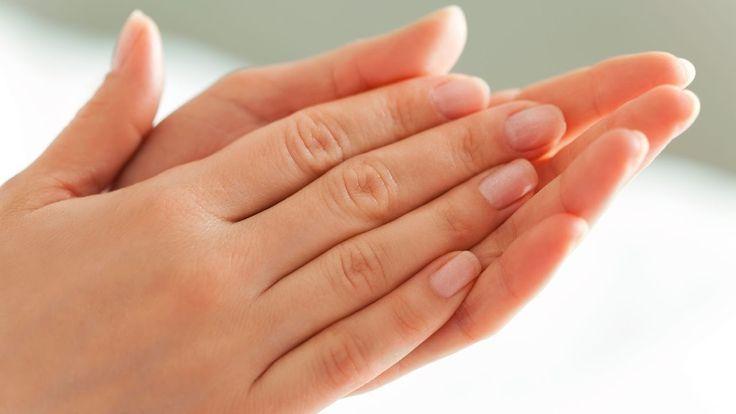 3 Ways to REMOVE Gel Nail Polish at Home(Nailed It)