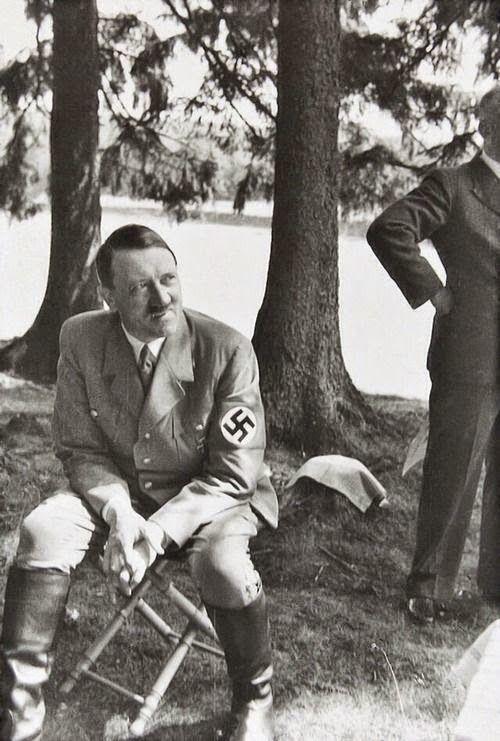Foto na História: CLOSES DE ADOLF HITLER - XIV                              …