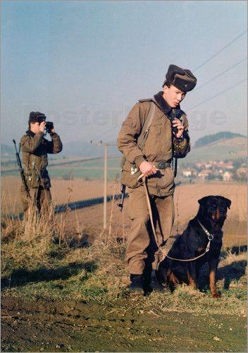 Robert Grahn - Patrouille - Streife von Soldaten der Grenztruppen der DDR