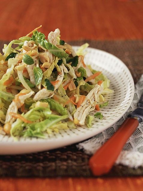 Chinese Chicken Salad  Here's a fantastic way to use up leftover chicken. This tasty salad, by chef Antonia Lofaso, combines crunchy vegetables, peanuts, chicken and a tangy Asian-inspired dressing.: Clean Eating Meals, Clean Eating Salad, Summer Salad, Chicken Salad Recipe, Chinese Chicken Salads, Dinners Ideas, Chine Chicken Salad, Healthy Dinners Recipe, Pasta Salad Recipe