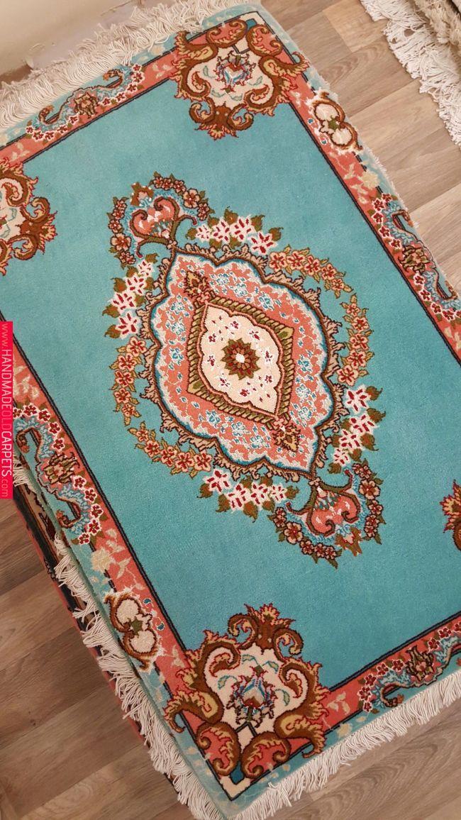Small 100 Fine Wool Vibrant Colors Oriental Handmade Area Rug Persian Area Rugs Handmade Area Rugs Rugs On Carpet
