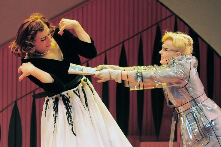 Mrs. Fairytale e Mrs. Emerald - Filippo Timi  e Lucia Mascino