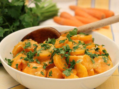Carottes Vichy - Un plat de légumes traditionnel de la cuisine française vite réalisé ! Photo : http://la-cuisine-des-jours.over-blog.com © 2013