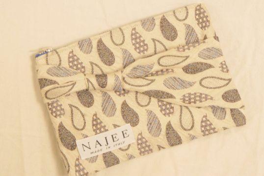 Necktie Zip Poach #handmade #necktie #poach #sewing #NAJEE