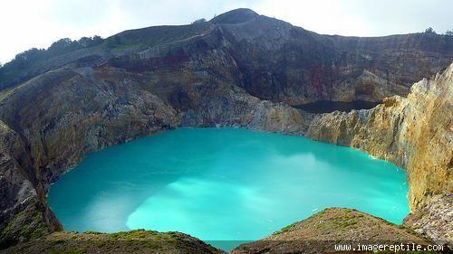 Gunung Kelimutu, Nusa Tenggara Timur, Indonesia