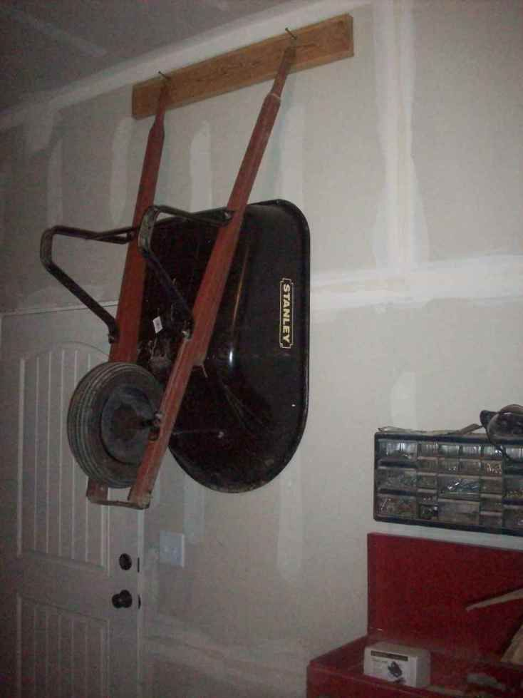 Hangin a Wheelbarrow on the Wall Cheaply and Conveniently ...