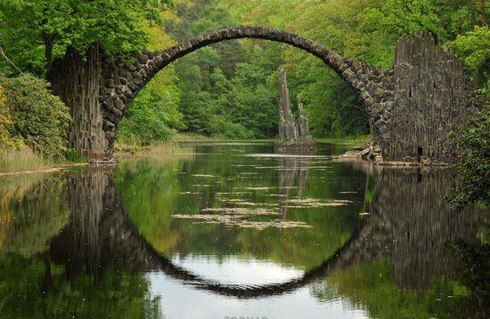 rakotz bridge Kromlau, Germany