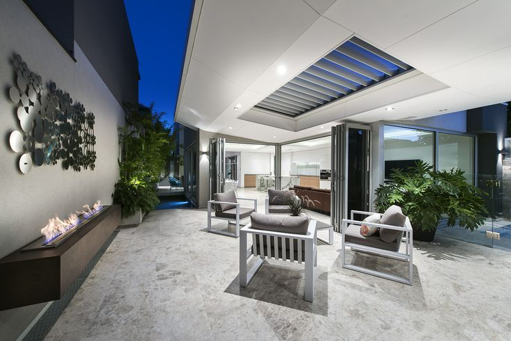 Dalkeith home by Luxus Homes
