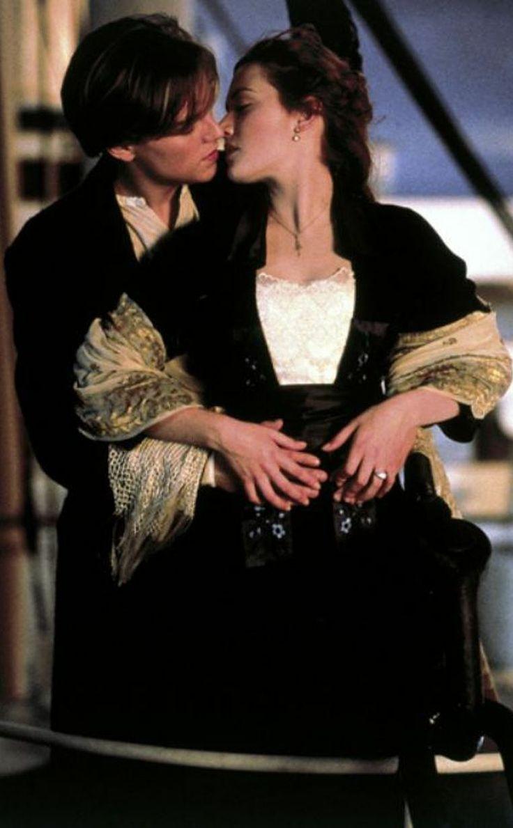 Kate Winslet Titanic Painting Scene Titanic on pinterest titanic