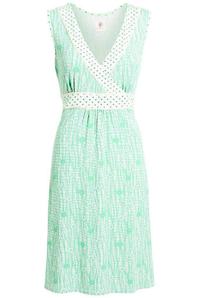 Viderunderlig mint farvet kjole.
