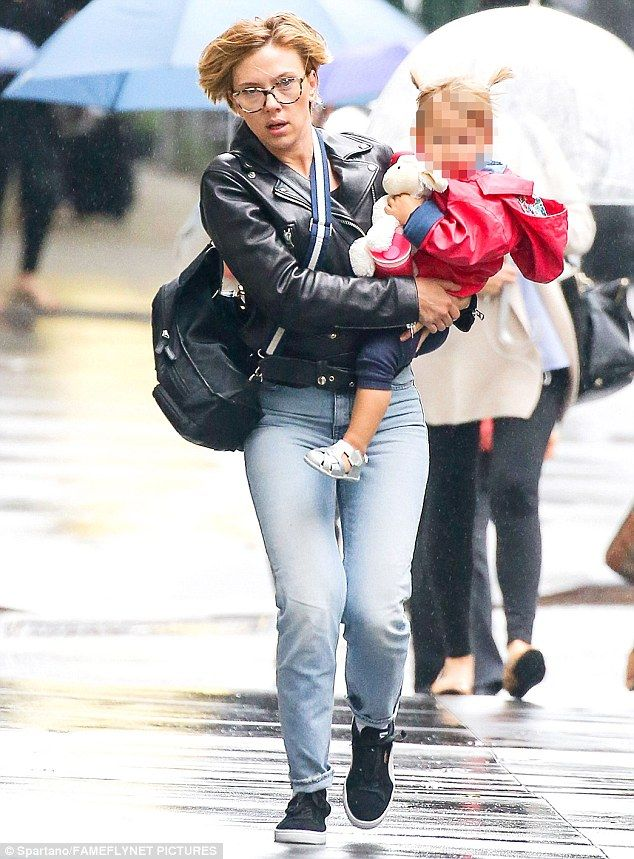 But on Friday( Sept 30) Scarlett Johansson was focusing on a bit of family time, as she carried ...