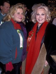Francesca Hilton (left) died today at age 67. The only daughter of Zsa Zsa Gabor, still alive at age 97. Here they are together in 1994.