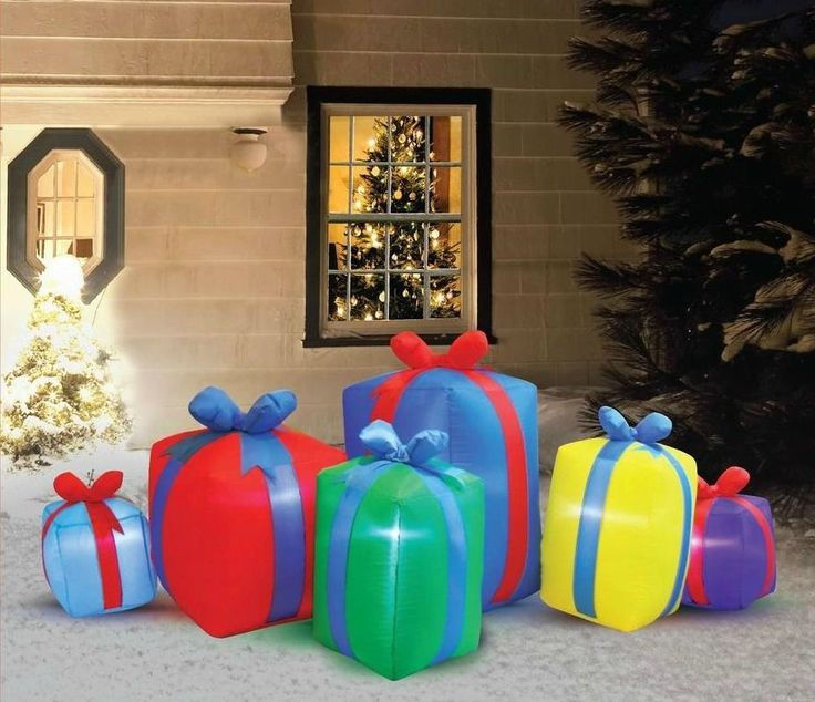 Christmas Present Decorations: 289 Best Images About Inflatables On Pinterest
