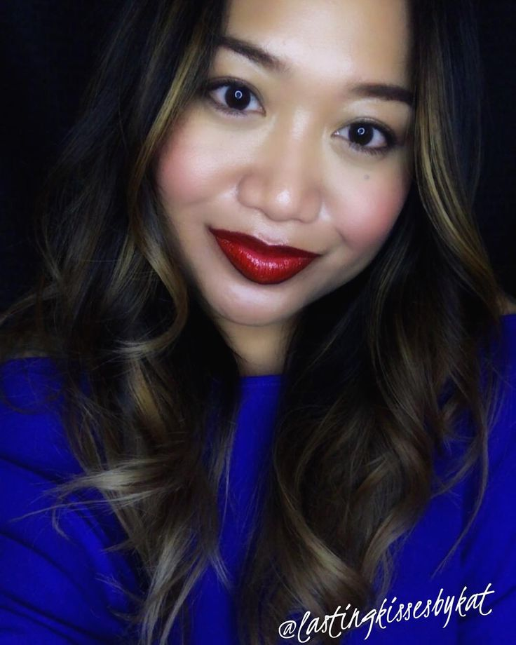 What makes you feel better after a long day?  What did I do after a 12 hour work day? I played with makeup. It always makes me feel better. I decided to try my very first ombré lip look. Very subtle but I think it turned out well for my first time and I actually ❤️ love ❤️ the look! ��  https://senegence.com/lastingkissesbykat  https://www.facebook.com/groups/lastingkissesbykat/  @lastingkissesbykat  #ombrelips  #lastingkissesbykat #lipsensewithkat  #lipsenseselfie #selfie #lipsense…
