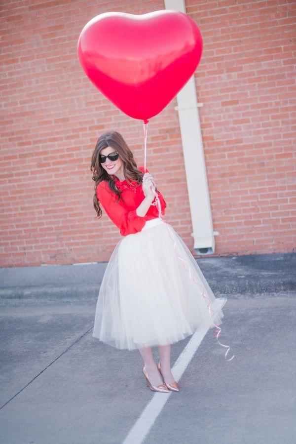 A Valentine's Day Friendship Brunch | theglitterguide.com
