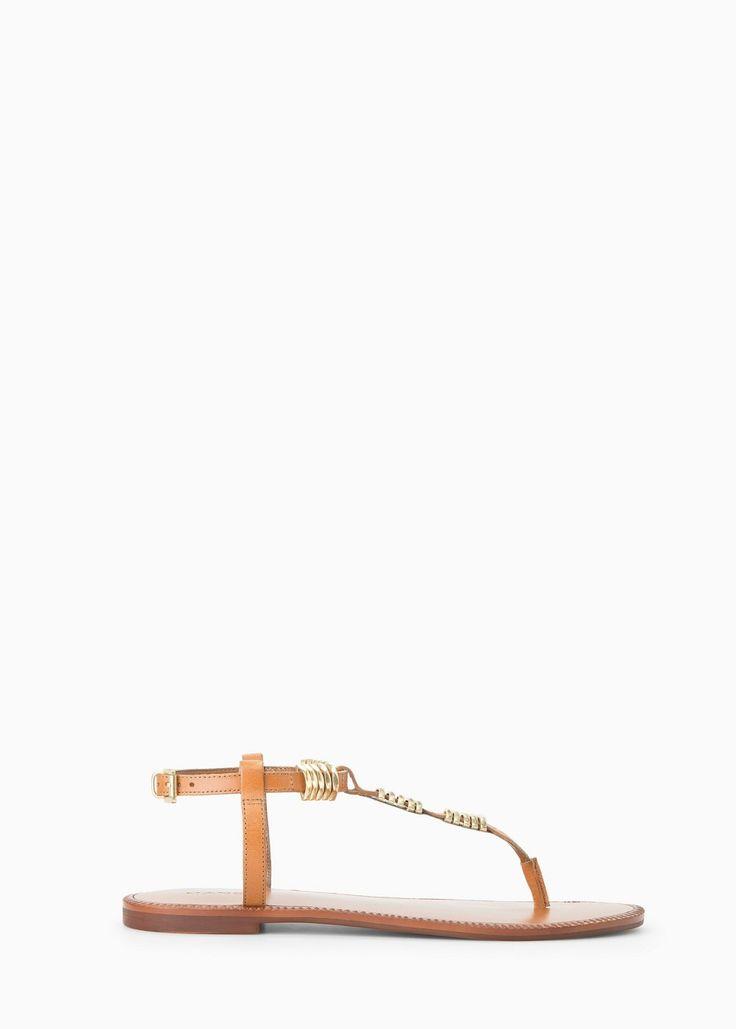 Special sizes - кожаные сандалии с металлическими украшениями -  Женская | MANGO Outlet Россия (Российская Федерация)