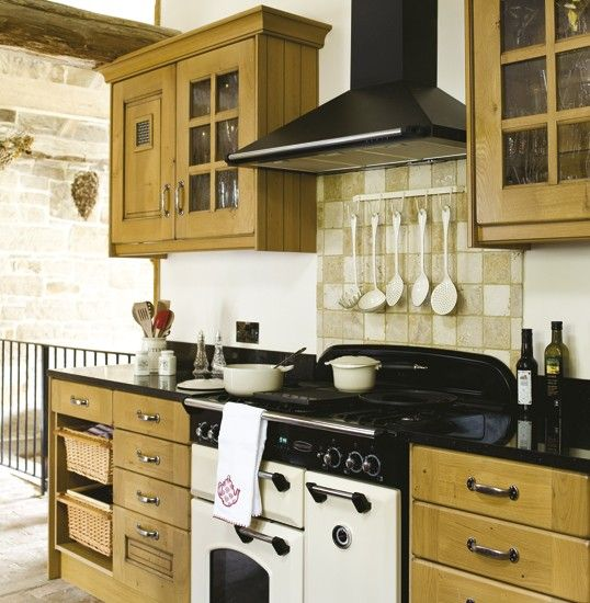 Beautiful Traditional Small Kitchen Design Featuring White: 33 Best White Range Cookers Images On Pinterest