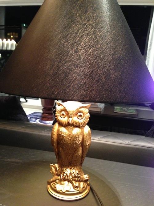 uil lamp in andaz amsterdam