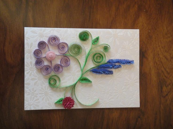 Tarjeta con flores de filigrana