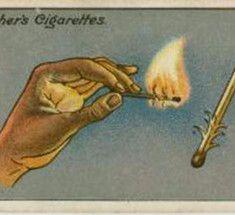 Лайфхакинг 100-летней давности. В конце 1880-х годов производители сигарет начали вкладывать в бумажные пачки со своей продукцией жёсткие карточки, чтобы укрепить упаковку. Прошло совсем немного времени, и они догадались увеличивать продажи, печатая на этих карточках фотографии знаменитостей и хорошеньких девушек, которые можно коллекционировать.  Эти карточки (которые продолжали печатать до 1940-х годов) сейчас представляют большую ценность  - самая дорогая, с изображением некурящего…
