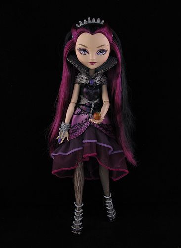 Go on, have a bite (Ever After High doll)