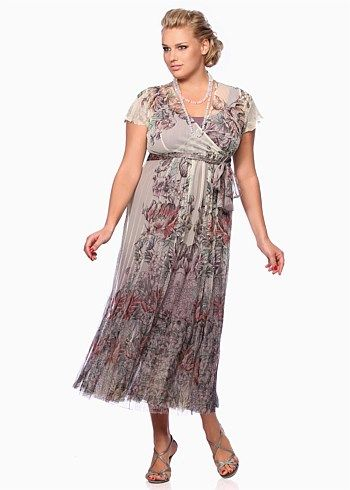 #Eplisse Grace Dress #plussize #curvy