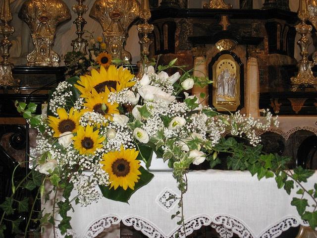 Decorazioni Matrimonio Con Girasoli : Fiori in chiesa per matrimonio addobbi pinterest