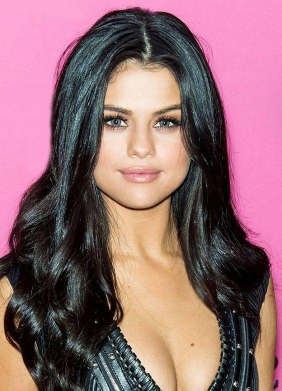Selena Gomez Age Bio Net Worth Selena Gomez In 2019