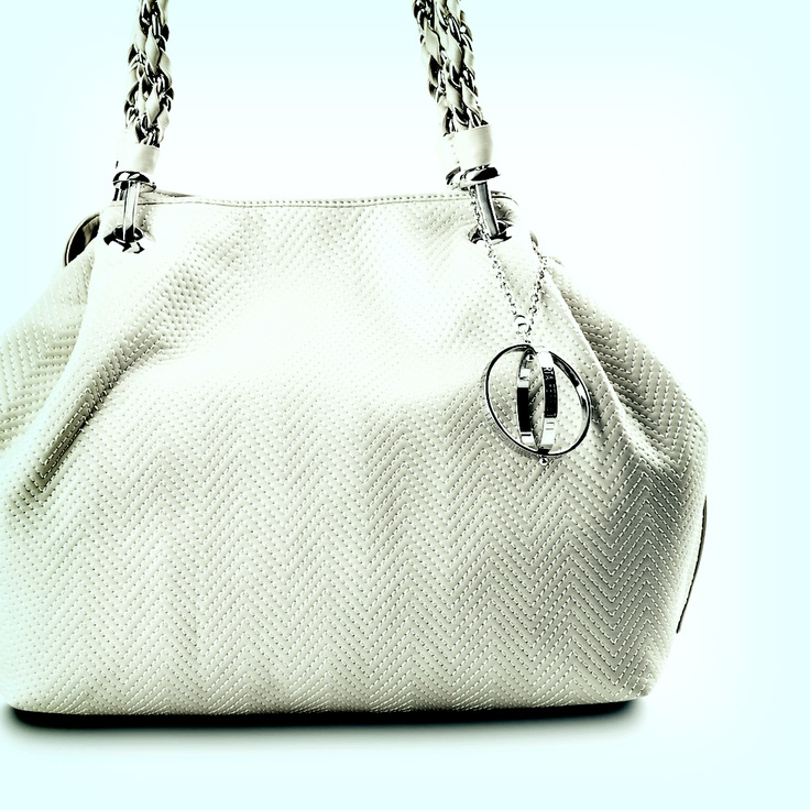 White leather tote #bag Philosophy di #AlbertaFerretti Spring Summer 2012  #fashion: Leather Tote Bags, Albertaferretti Spring, Bag Philosophy, Di Albertaferretti, Leather Totes
