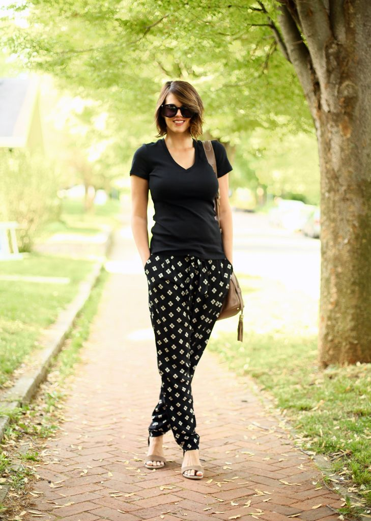 Old Navy flowy pants...can be maternity friendly?