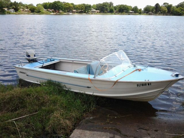 Pin By Rich Labaere On Classic Runabouts Runabout Boat Vintage Boats Boat Restoration