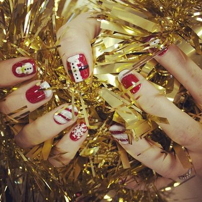 #xmas #festive #nail #art #christmas #nails #ilovenails #gelnails #biosculpturegel #art #winter #design #uk #gel #manicure #santa #snowman #snow #xmasnails #christmasnails