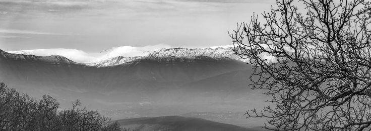 Winter Feeling - #corfu #kerkyra #ionianislands #greece #greeceislands #stylianos_photography  #travel #traveller  #traveling #tourism #tourist #landscape #landscapes #photography #photographer #sky #stylianosphotography #clouds #snow #mountainssnow #wintersnow #corfuwinter
