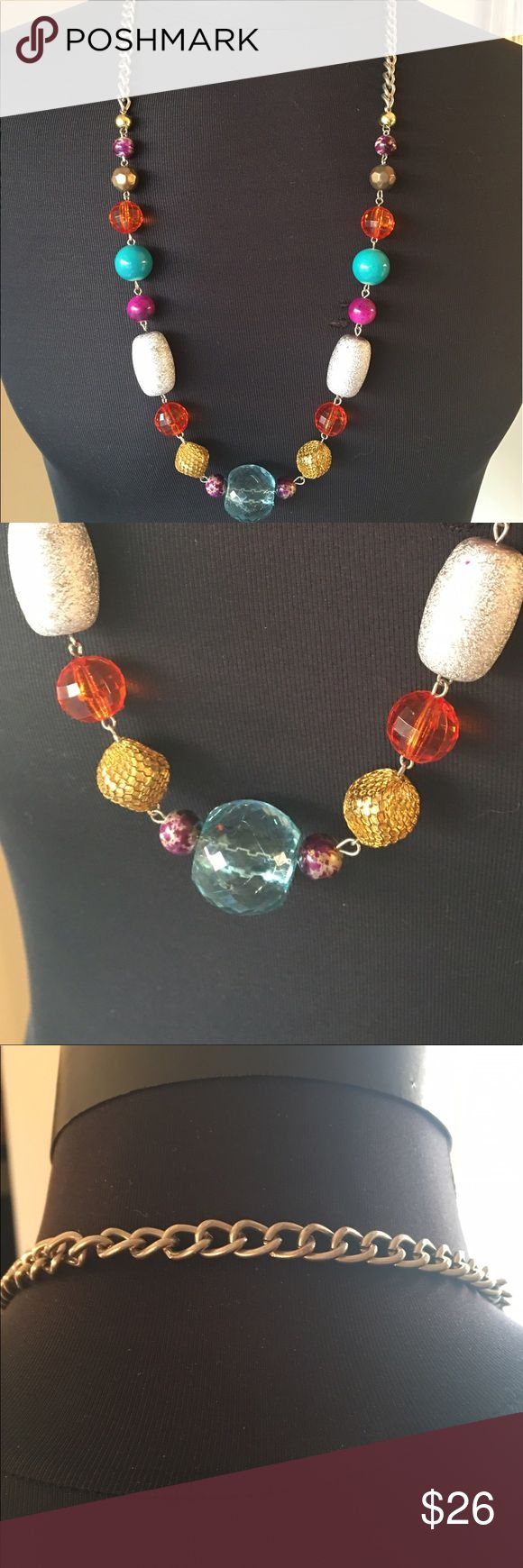 ⭐️NEIMAN MARCUS VINTAGE 1970'S NECKLACE 💯AUTH VINTAGE 1970'S MULTICOLORED NECKLACE 💯AUTHENTIC. PURCHASED IN THE EARLY 1970's BY MY MOTHER AT NEIMAN MARCUS. THE LENGH IS 30 TOTAL INCHES Neiman Marcus Jewelry Necklaces
