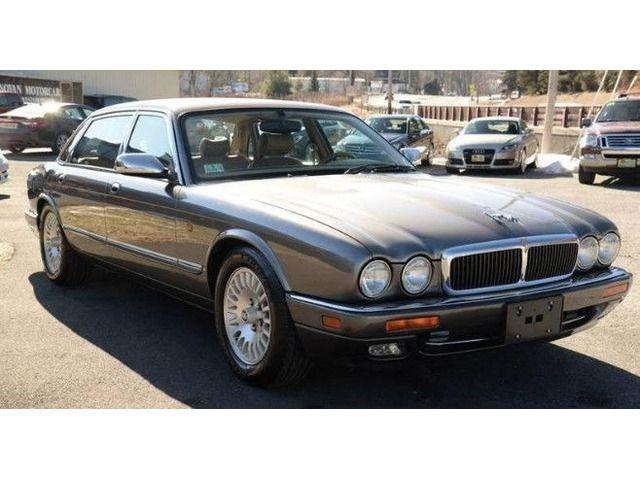 1996 Jaguar XJ12 6.0 Sedan!! STUNNING!! 12 Cylinder Jaguar