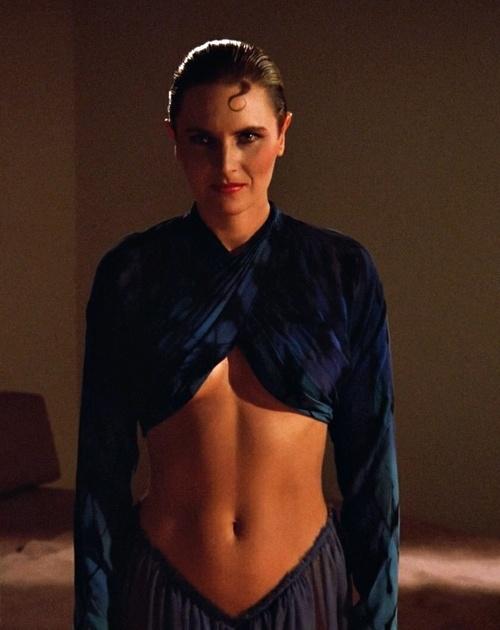 "Cult Queens Denise Crosby, ""Star Trek: The Next Generation"", 1987."