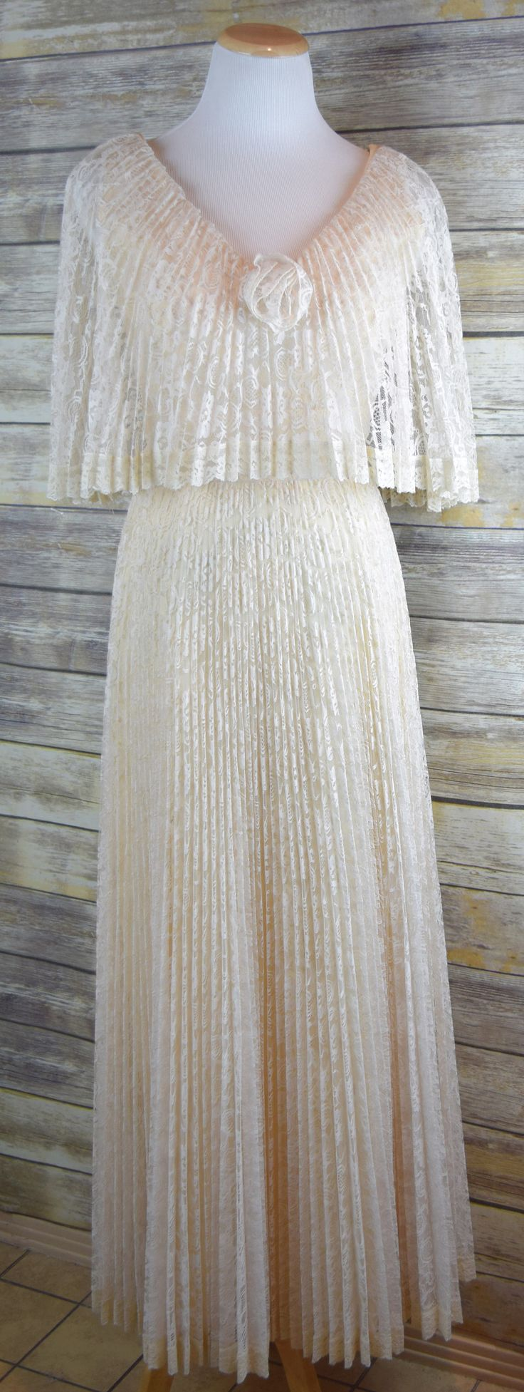 Vtg Women's 10 Pale yellow/Cream Accordion Pleat Lace Boho Betha Collar Wedding/Festival Dress by GVvintageswoon on Etsy