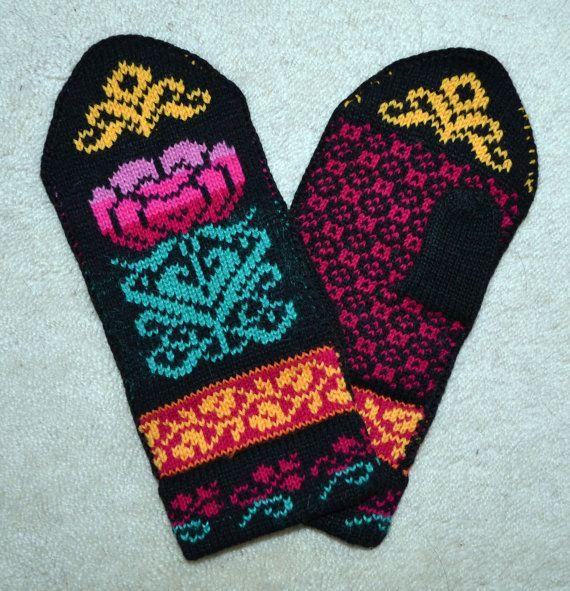 Norwegian Scandinavian hand crafted 100% Wool Mittens, folk art, Fair Isle…