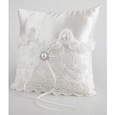 travesseiro+anel+lindo+casamento+em+cetim+branco+com+pêra+e+os+laços+-+BRL+R$+22,37