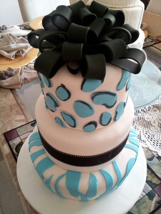 #Animal print cake www.lillyskitchen.com   Cake, Cake ...