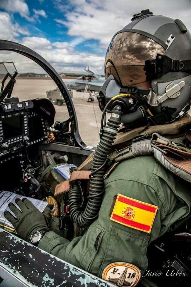 F18-A Hornet (Spanish pilot) cockpit side view. Love the g-suit.