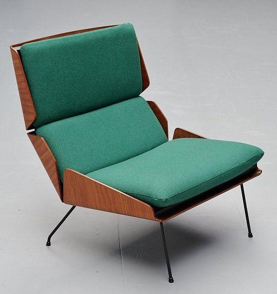 Georges van Rijck; Molded Teak Plywood and Enameled Metal Lounge Chair for Beaufort, 1959.